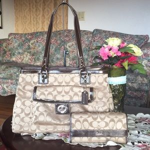 Coach Signature Penelope Sateen Carryall & wallet